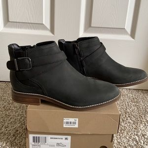 NWT Clarks Booties
